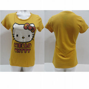 Doe top Large Hello Kitty Sanrio graphic 2009